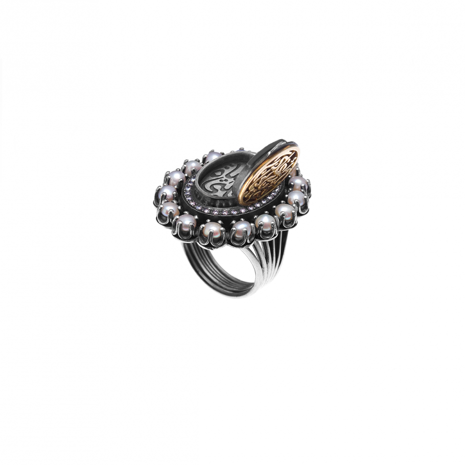 Cameo Locket Ring